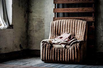 Lege fauteuil van Julian Buijzen