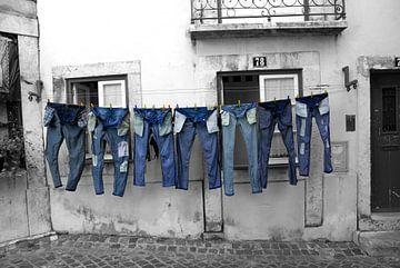 Spijkerbroeken aan de lijn van Danielle van Leeuwaarden