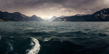 Sturm über dem Vierwaldstättersee von Severin Pomsel