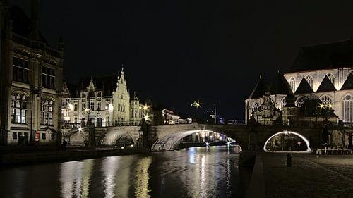 Sint-Michielsbrug bij nacht in Gent