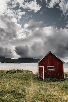 Rode Rorbuer op de Lofoten, Noorwegen van Manon van Goethem