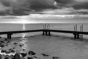 Zwemsteiger Ouddorp in zwart wit