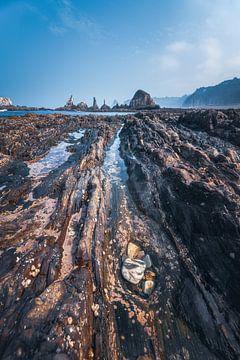 Asturias Playa Gueirua plage avec des rochers sur Jean Claude Castor