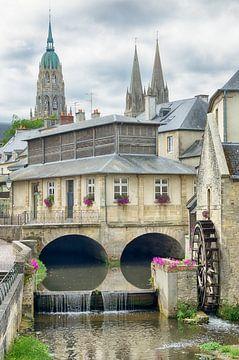 Stadtlandschaft Bayeux mit Wassermühle von Mark Bolijn