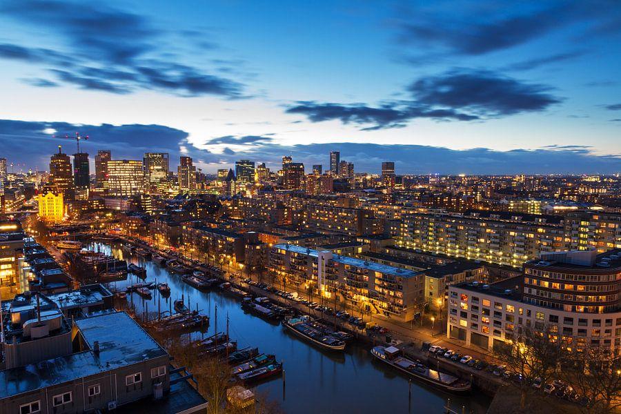 Rotterdam blauwe uur van Dennis van de Water