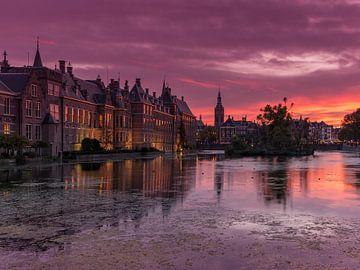 Binnenhof et Hofvijver La Haye après le coucher du soleil sur Rob Kints