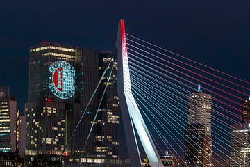 Feyenoord projectie op 'De Rotterdam' detailled  van Midi010 Fotografie