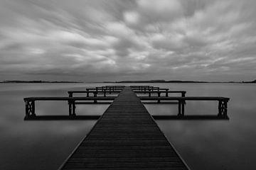 Steg in schwarz und weiß von Jan van de Riet