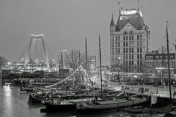 Weißes Haus am alten Hafen von Remco Swiers