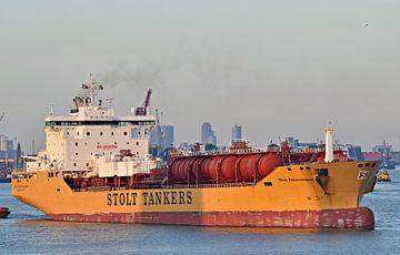 De tanker Stolt Perseverance van Piet Kooistra