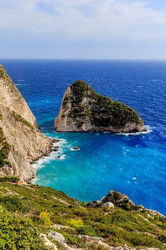 Rotswand aan zee op Griekenland (Griekenland) von Matthijs de Rooij