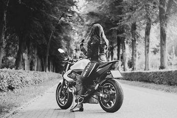 Motorrad - Motorrad-Frau von Ivanovic Arndts