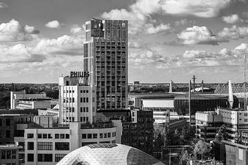 Philips Lichttoren en Onyx in Eindhoven van Mitchell van Eijk
