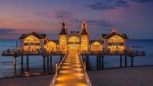 Die Seebrücke Sellin ist eine Schiffsanlegestelle im Ostseebad Sellin auf der deutschen Insel Rügen.