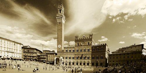 Dolce Vita Series - Piazza del Campo - Siena/Sienna von juvani photo