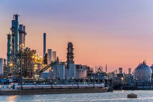 2e petroleumhaven Rotterdam van