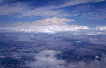 Über den Wolken von Babetts Bildergalerie