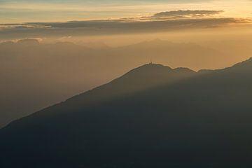 Patscherkofel Zonsondergang Oostenrijk. Innsbruck 2018 van Hidde Hageman