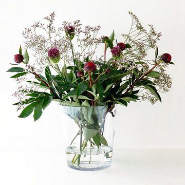 Blumenstrauß in einer Vase von Klik! Images
