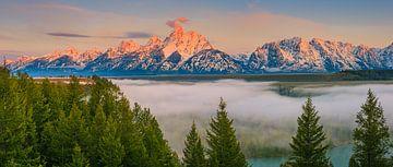 Zonsopkomst panorama van de Snake River Overlook in Grand Teton N.P in Wyoming van Henk Meijer Photography
