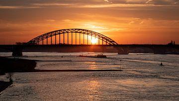 De Waalbrug Nijmegen van Femke Straten