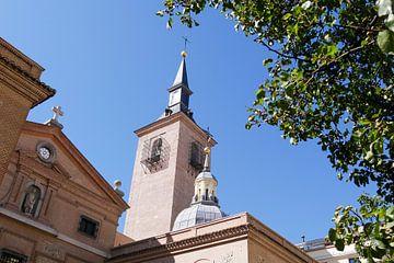 Madrid - Kerktoren gevangen klokken van Wout van den Berg