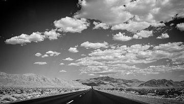 Wolken in der Wüste von Arjen van de Belt