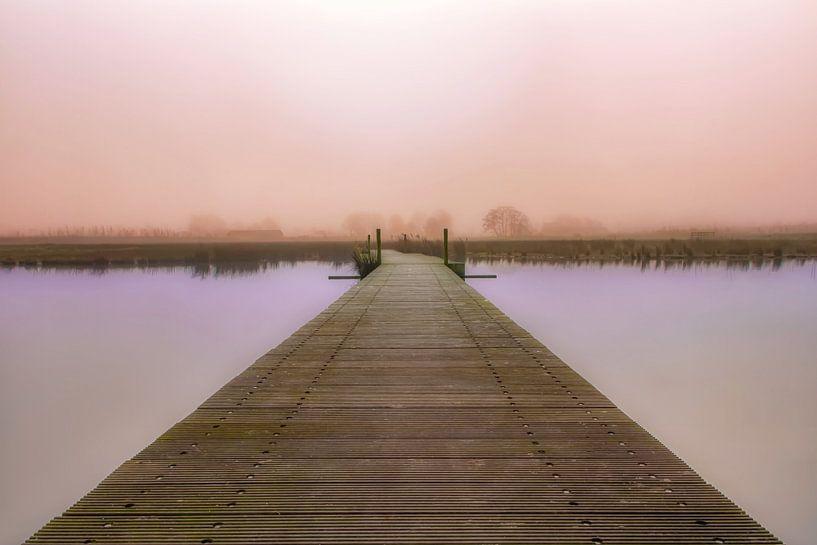 Steiger richting dromenland van Dennisart Fotografie
