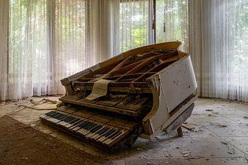 Klavier 1 von Ecarna
