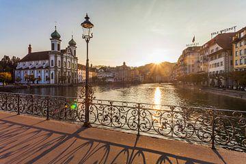 Altstadt von Luzern bei Sonnenuntergang von Werner Dieterich