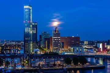 Rotterdam by night von Leon van der Velden