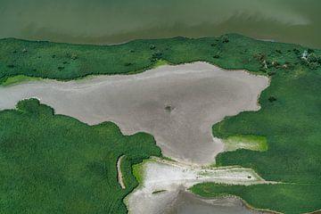 Luchtfoto natuurgebied contrast grijs en groen van aerovista luchtfotografie