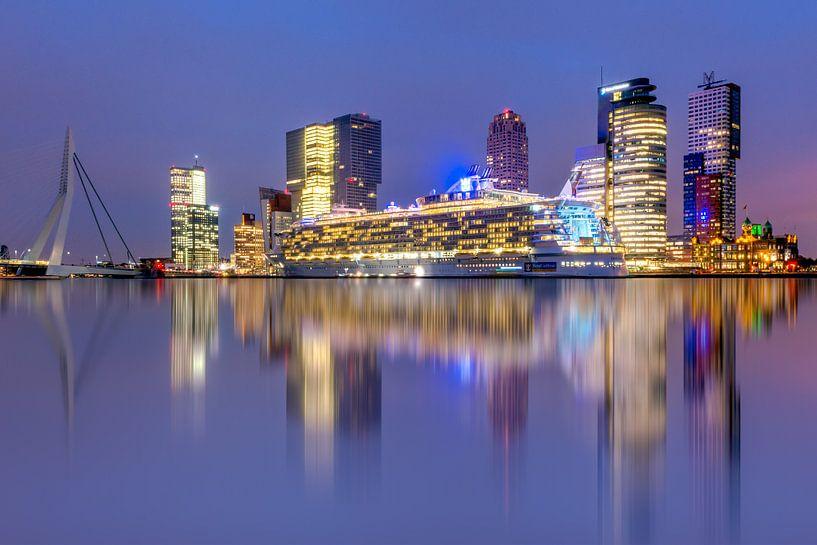 Oasis of the Seas in Rotterdam van Bert Buijsrogge