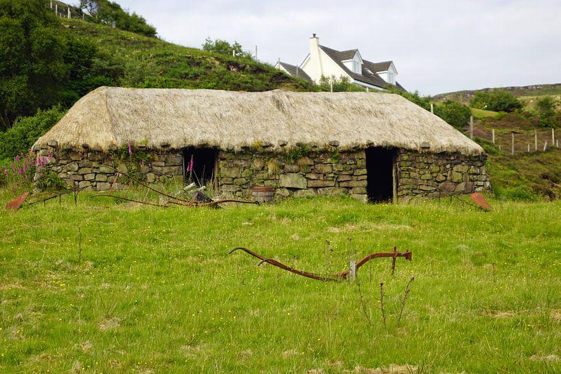 Rieten huisje op het eiland Skye van Babetts Bildergalerie