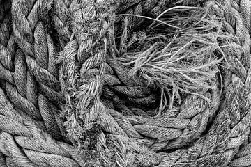 touw, zwart-wit von Ada van der Lugt