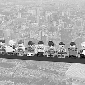 Lunch atop a skyscraper Lego edition - Rotterdam van Marco van den Arend