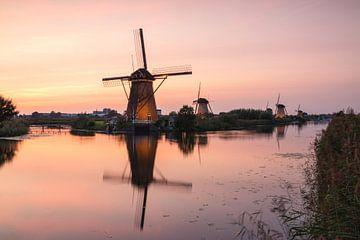 Sonnenuntergang Kinderdijk von Ilya Korzelius