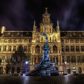 La ville aux allures flamandes, sa Place Verte ou la cathédrale Notre-Dame pour des reproductions d'art de qualité, grand format. Une décoration intérieure unique!