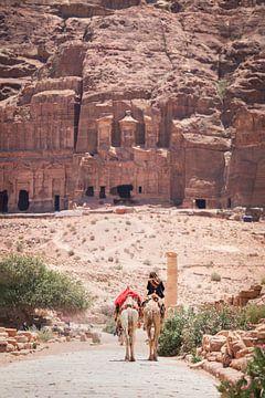 Jordanien / Petra / Historische Architektur / Reisefotografie von Jikke Patist