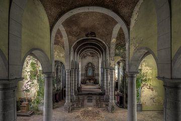 Kirche des Verfalls von Vivian Teuns