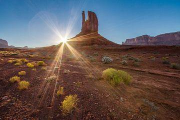 Zonsondergang in Monument Valley van Easycopters