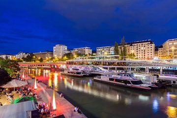 Donaukanal beim Schwedenplatz in Wien von Werner Dieterich