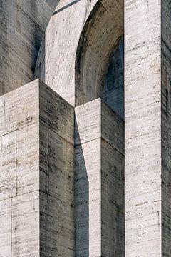 Brutalismus ᝢ abstrakte Reisefotografie in Mailand ᝢ brutalistische Architektur in Italien von Hannelore Veelaert