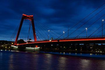 Willemsbrug in Rotterdam van Michelle Van Den Berg