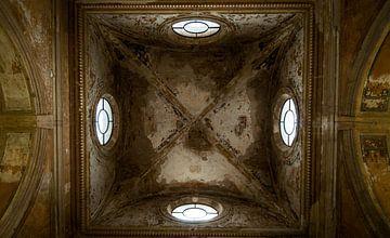 Plafond sur Fatima Maria Mernisi