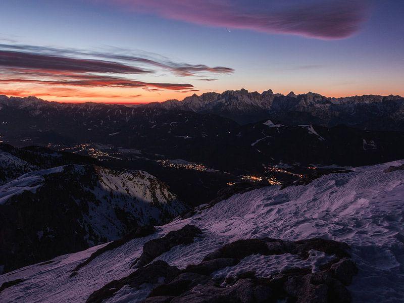 Sonnenaufgang am Dobratsch von Thomas Weber