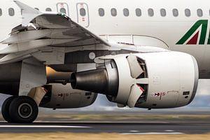 Alitalia Airbus A319 van