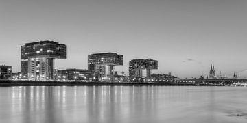 Keulen Skyline zwart-wit van Michael Valjak