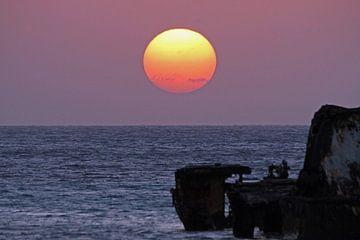 Zonsondergang bij scheepswrak van Jeanine den Engelsman