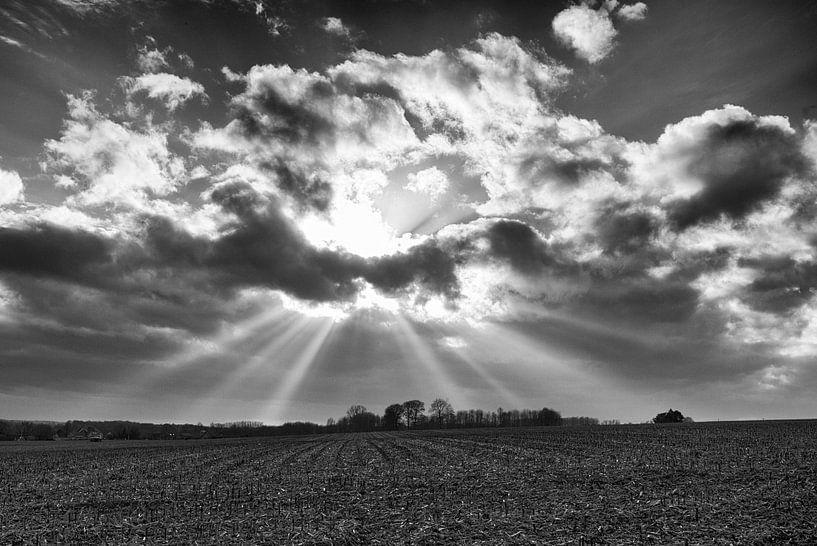 Crepuscular rays van Eriks Photoshop by Erik Heuver